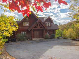 """Timber Wolf Lodge"" ~ Gorgeous 6 BR Log Cabin, Amazing Mtn Views! Pool Access - Gatlinburg vacation rentals"