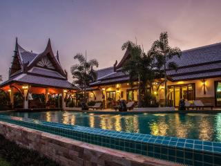 Villa Saifon 2 - Five Bedroom Luxury Pool Villa - Ao Nang vacation rentals