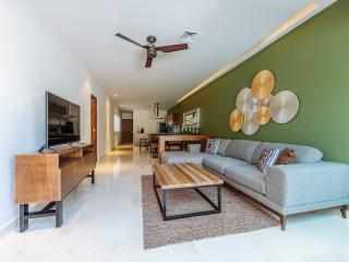 TERRAZAS 306, EXQUISITE DESIGN 2 BR CLOSE TO BEACH - Playa del Carmen vacation rentals
