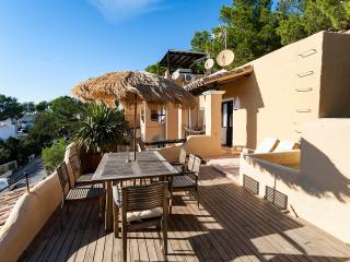best Studio with a view - free Wifi - Cala Vadella vacation rentals