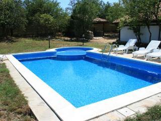 White House, Zornitsa, luxury villa with pool - Varna vacation rentals