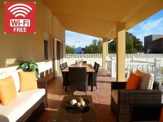 Villa Mercers - Miami Platja vacation rentals