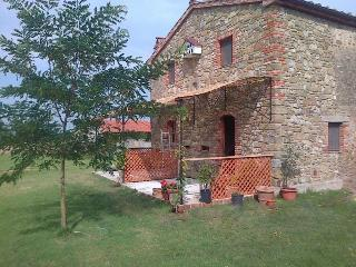 Cottage for 2 in the grounds of a farmhouse-Pool - Arezzo vacation rentals