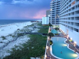 Spectacular Lighthouse  Luxury Corner unit 3bd 3bt - Gulf Shores vacation rentals