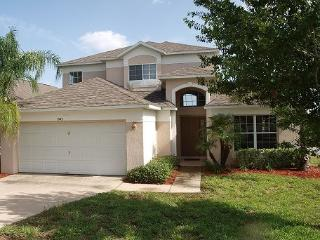 Villa on golf with pool 30mn to Disney! - Haines City vacation rentals