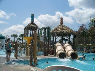 ORLANDO {2 BR Condo} Liki Tiki Village {WATERPARK} - Orlando vacation rentals