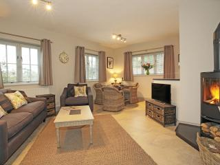Woodpeckers a 1 bedroom luxury holiday cottage - Sharpthorne vacation rentals