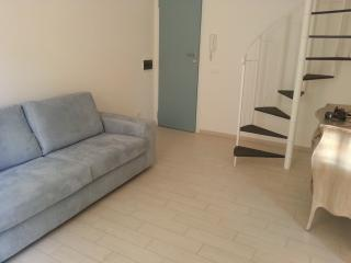 Comfortable 2 bedroom Condo in Trapani with Internet Access - Trapani vacation rentals