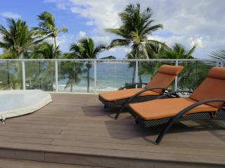 Luxe penthouse - Directly on Kite Beach - 10ppl - Cabarete vacation rentals