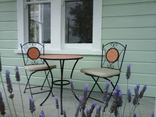 Lavender53 - Newly Renovated 1910 Single Bay Villa - Martinborough vacation rentals