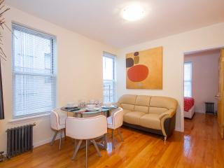 Stylish 2 BR flat to rent  in NYC 15min Time Squar - New York City vacation rentals