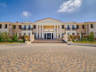 Beautiful House with Hot Tub and Television - Malibu vacation rentals