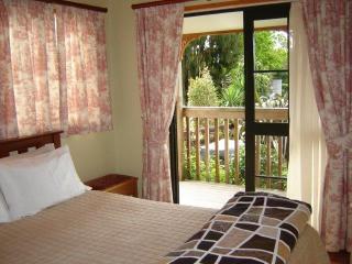 Karangahake Gold 'n Views Cottage - Coromandel vacation rentals