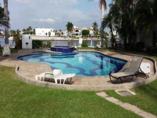 SPECTACULAR SUN RISE MARINA VIEW MAZATLAN - Mazatlan vacation rentals