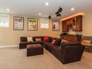 Spacious private floor 2BR + 1 BA - Chicago vacation rentals