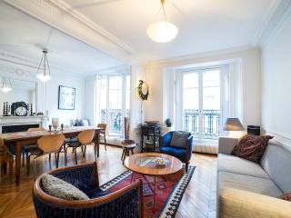 Central Paris Luxury Apt - Ile St. Louis 4th - Paris vacation rentals