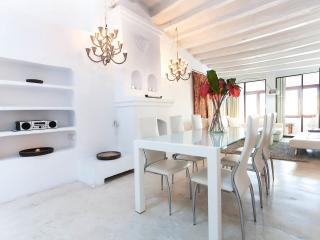 170m2 Super Trendy Duplex with Roof Terrace - Ibiza Town vacation rentals