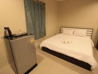 Sirin house in Krabi town room 2 - Pak Nam vacation rentals
