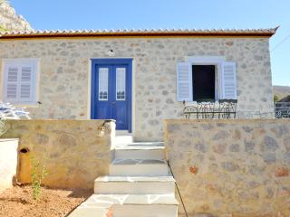 STONE HOUSE NEFELI (THEOKTISTA - built by gods) - Hydra Town vacation rentals