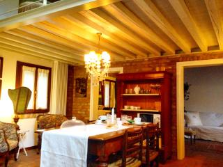 "Loft ""Caorliega"" in the countryside of Venice - Mirano vacation rentals"