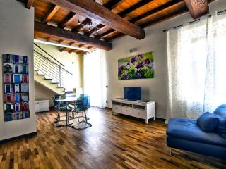 Town House Palazzo Zelli - Casa vacanze nel cuore medievale - Viterbo vacation rentals