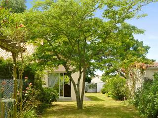 Adorable house with private garden - La Plaine-sur-Mer vacation rentals