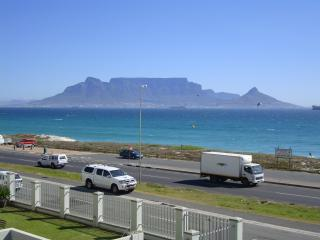 Beach front with stunning ocean/mountain views - Table View vacation rentals