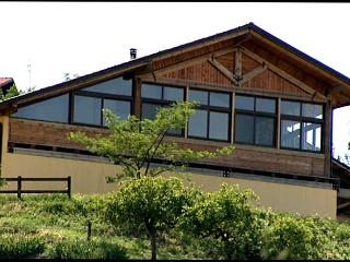Nice Farmhouse Barn with Housekeeping Included and Balcony - Castelletto Merli vacation rentals