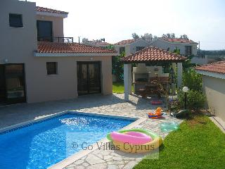 Nice 2BR-2BA Seafront villa, private pool, wifi, - Kissonerga vacation rentals