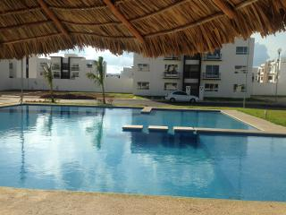Beautiful furnished apartment with pool - Playa del Carmen vacation rentals