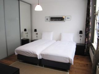 Spacious room nearby Anne Frank house - Amsterdam vacation rentals