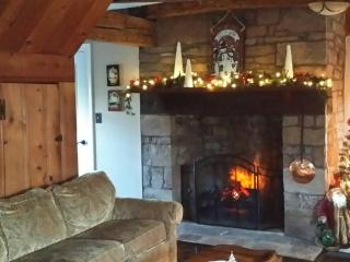Gorgeous Country Cottage On Scenic Monocacy River - Emmitsburg vacation rentals