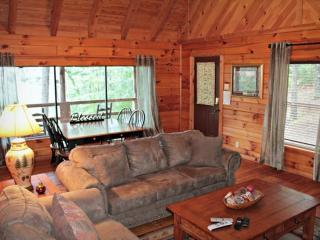 Townsend Cabin #3 Mountain Gem, Next to Heaven Trail Rides & Zip Lines - Townsend vacation rentals