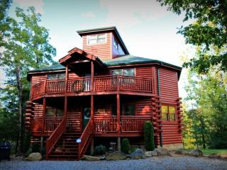 3BR/3BA Luxury Cabin in the Smokies - Private Indoor Pool & Theater Room - Cosby vacation rentals