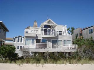 Lovely House with Internet Access and A/C - Harvey Cedars vacation rentals