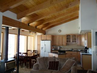 Timber Ridge Ski In Ski Out, Groomed trails, Dlx - Mammoth Lakes vacation rentals
