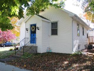 Breeze Inn - South Haven vacation rentals