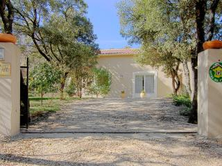 Nice Gite with Internet Access and A/C - Aigaliers vacation rentals