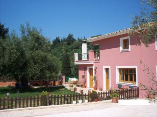Lovely 3 bedroom Zakynthos Town Villa with Internet Access - Zakynthos Town vacation rentals