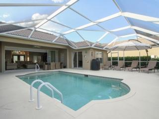 Stunningly decorated & updated Briarwood Pool Home - Naples vacation rentals