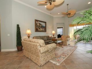 Luxurious Vasari 3BR/2BA Condo in Toscana with Golf and Country Club Privileges - Bonita Springs vacation rentals