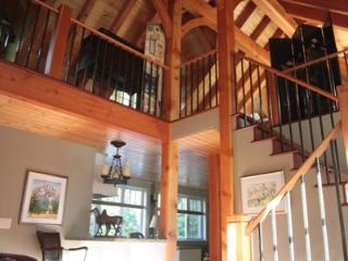 Gorgeous Sunshine Coast Timber Frame CarriageHouse - Gibsons vacation rentals