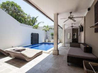 KUTA REGENCY VILLA 4 BEDROOM - Kuta vacation rentals