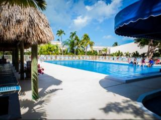 **Fall Promo** Spacious Townhouse with pool at the Executive Bay Club - Islamorada vacation rentals