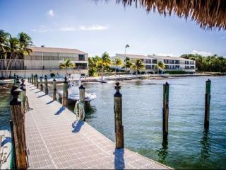Modern Executive Bay Club Condo with Pool & Beach - Islamorada vacation rentals