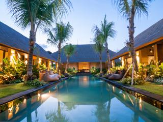 Karmagali Suites: frangipani suite - Sanur vacation rentals