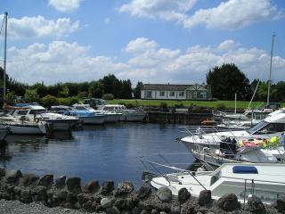 Lough Ree House Glassan Village near Athlone - Athlone vacation rentals