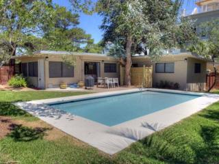 Agua Luz - Beach Bungalow - Private Pool - Booking now for Fall! - Santa Rosa Beach vacation rentals