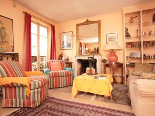 Latin Quarter 2-Bedroom (82) - 5th Arrondissement Panthéon vacation rentals