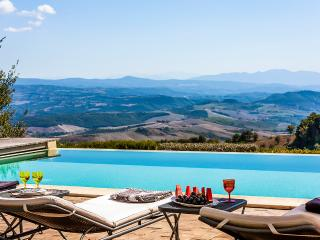 Gorgeous 8 bedroom Orvieto Villa with Television - Orvieto vacation rentals